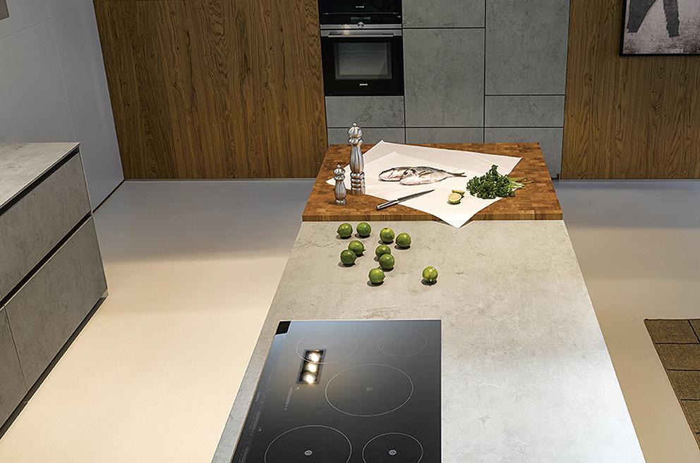 kookeiland van een moderne keuken van Boncquet, industriële architectuur